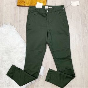 NWT A New Day Green Stretch Skinny Zip Pants 3076
